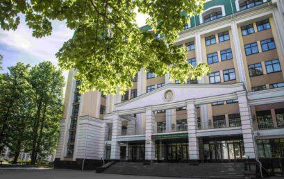 Голова Ради молодих вчених УДФСУ Юрій Мискін захистив докторську дисертацію