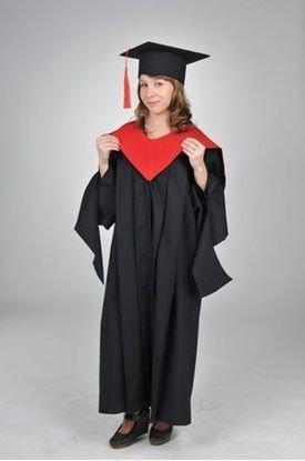 Прокат академічного одягу для випускників вищих закладів