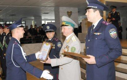 Уже офіцери: курсанти ФПМ завершили навчання та стали лейтенантами