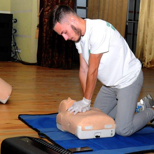 В Університеті проведено навчання з першої домедичної допомоги на тему «Серцево-легенева реанімація»