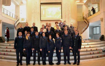 Курсанти факультету податкової міліції долучились до вшанування пам'яті Героїв Небесної Сотні