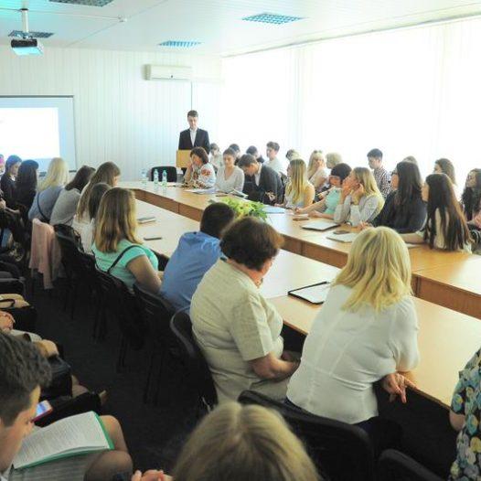 Студенти НУДФСУ взяли участь у  Всеукраїнській  науково-практичній студентській конференції іноземними мовами  «Наука XX століття: виклики сьогодення»