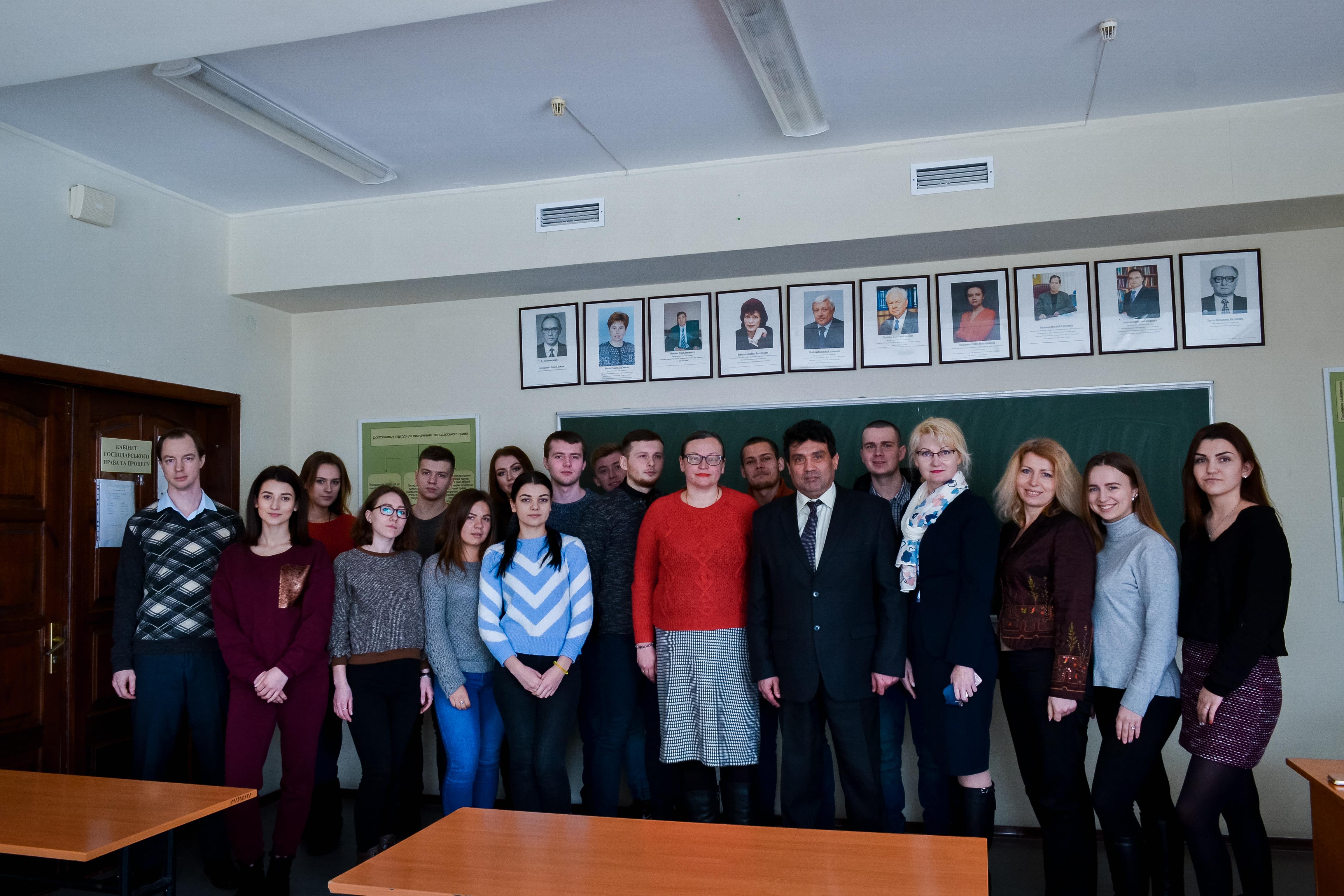 Зустріч студентів з начальником управління організації митного контролю Луганської митниці ДФС України