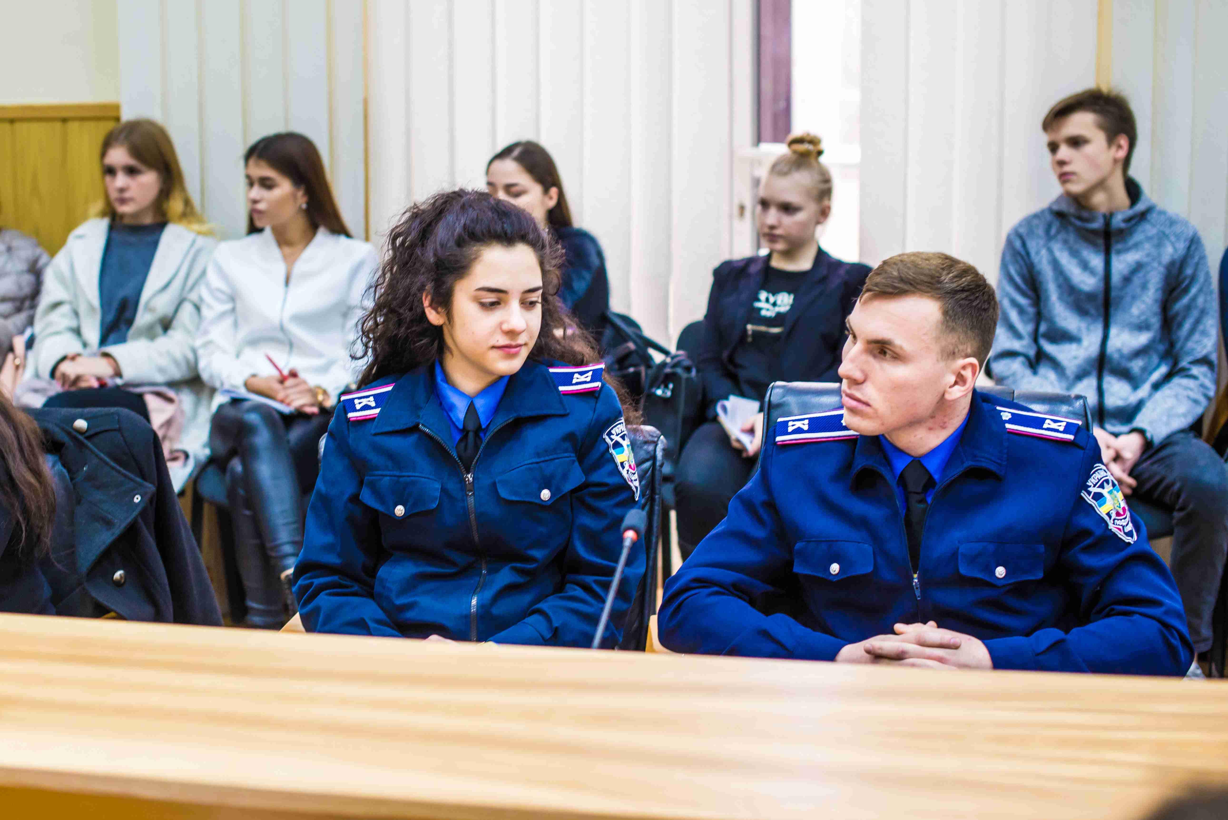 В університеті обговорили теорію і практику становлення кримінального права України