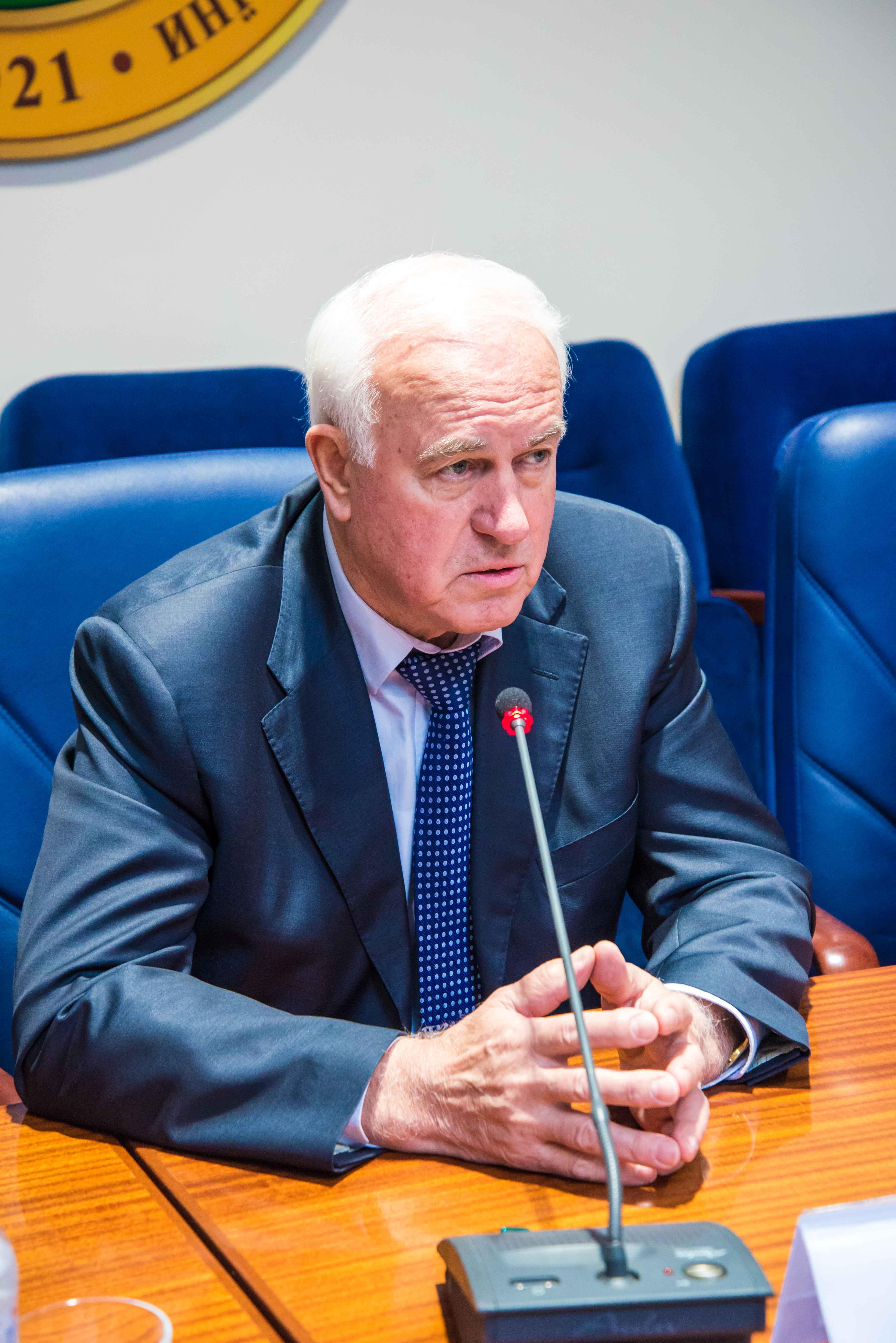 Валерій Пустовойтенко: освіту потрібно отримати таку, щоб змогти на життя заробити