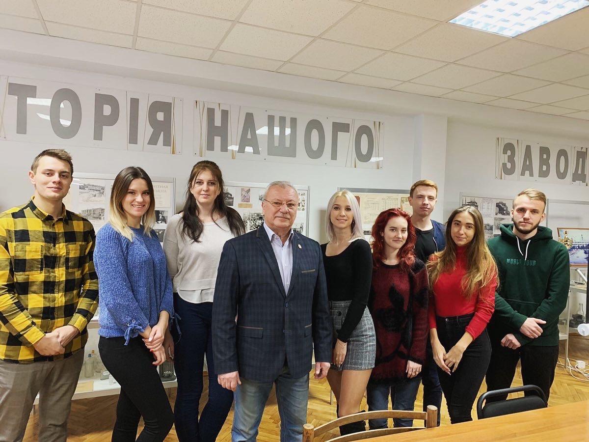 Cтуденти групи МБ-16-1 відвідали ПрАТ «Ветропак Гостомельський Склозавод»