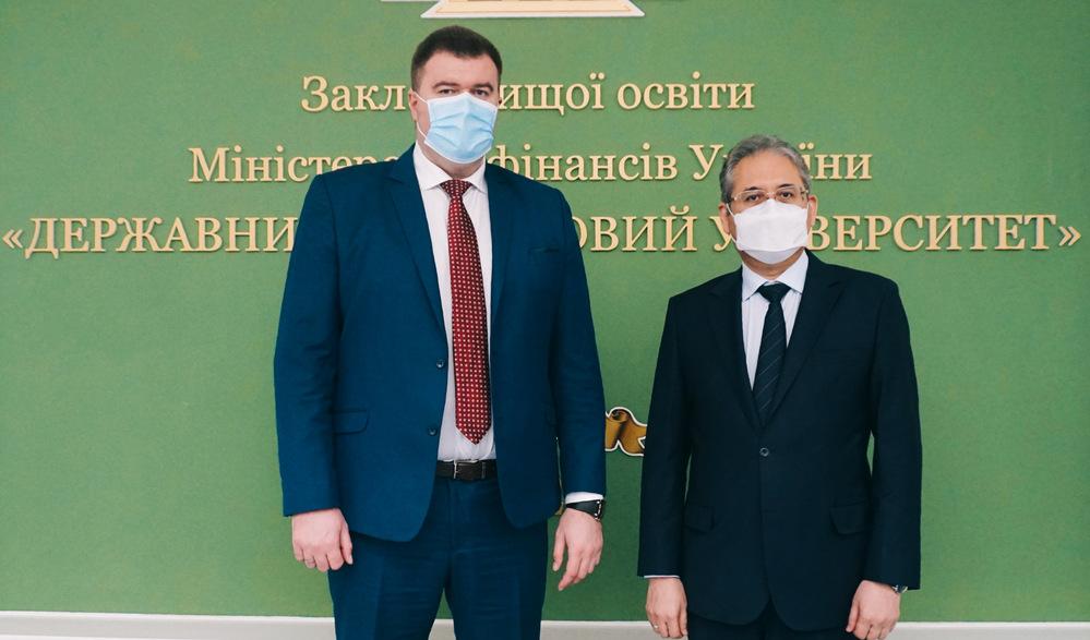 До УДФСУ завітав Посол Узбекистану Алішер Курманов