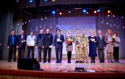 Павло Пашко нагородив видатних людей, які зробили значний внесок у розбудову Ірпеня та Університету