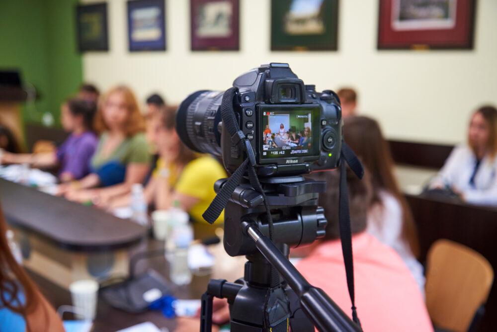 В Університеті ДФС України стартували три Літні школи за напрямами «Аудит», «Фінансові технології» та «Журналістика»