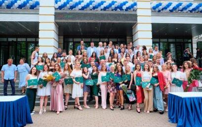 В Університеті ДФС України відбувся випуск бакалаврів Навчально-наукового інституту економіки, оподаткування та митної справи