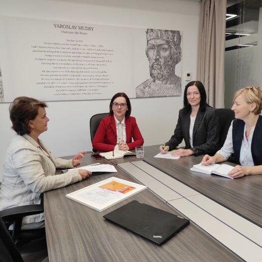 Представники університету зустрілися з директором PwC Україна Анною Невмержицькою