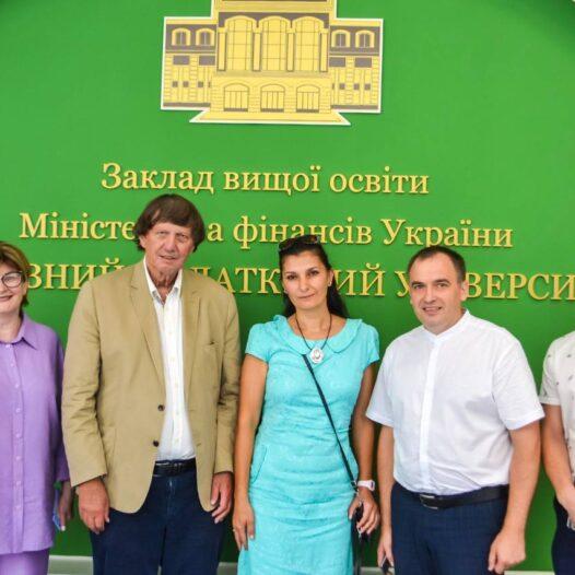 До Університету ДФС України завітав професор з Німеччини Фольфганг Бокс