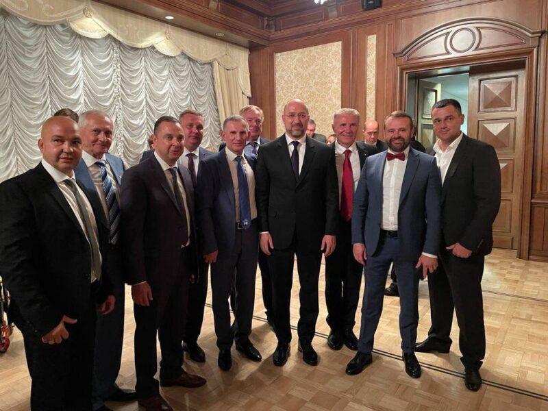 Спортсмени Податкового університету взяли участь у святкуванні 30-ї річниці заснування Національного олімпійського комітету України
